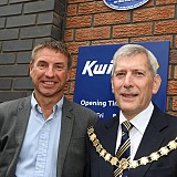 Mark Welsh, CEO of Kenwood Delonghi and Mayor Cundy